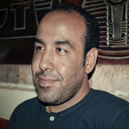 """""""انسحاب """"للشاعر محمد عبد المعبود"""