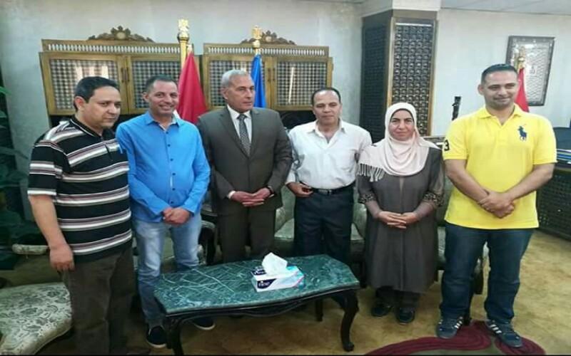 محافظ السويس يستقبل فرقة السويس لمسرح الشارع قبل سفرها ممثلا  لمصر دوليا في مهرجان بغداد. التنوير _eltanwer