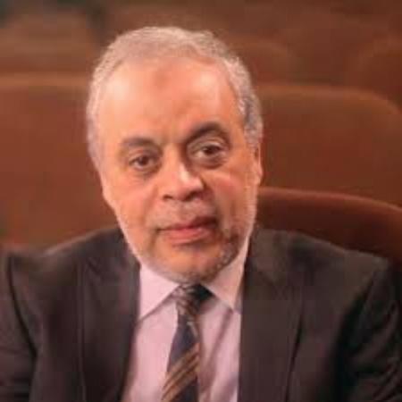 الفنان أشرف زكي رئيسا لأكاديمية الفنون