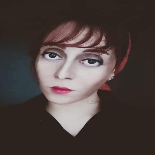 بالصور.. الفنانة فاطمة الدسوقي تبدع في تحويل وجهها الى شخصيات فنية
