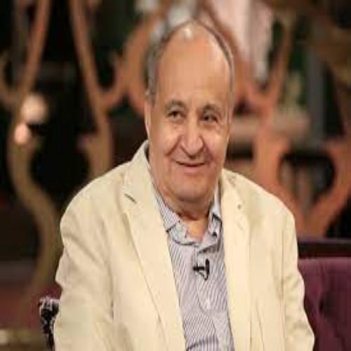 الكاتب الصحفي أشرف دياب ينعى السيناريست وحيد حامد  ويكتب ،رحل استاذ الإبداع