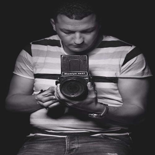 الفنان احمد طه يحصل على جائزة المنظمة العربية للتصوير الفوتوغرافي