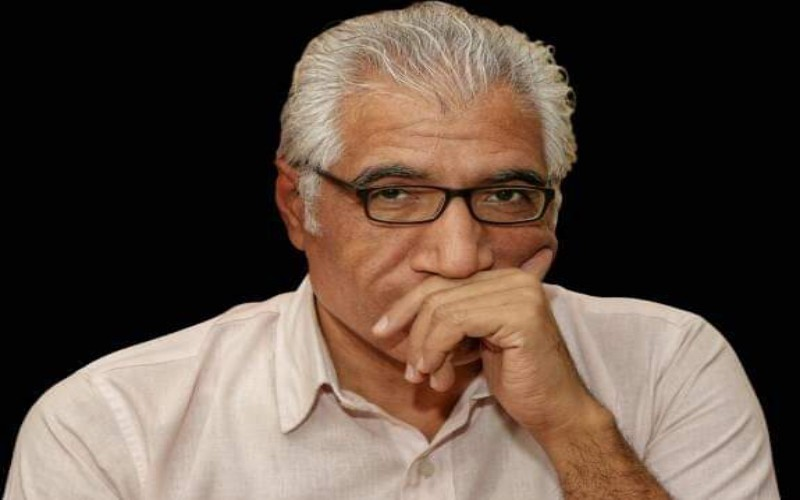 """""""الهروب خارج الرأس"""" تتوج الكاتب عمرو العادلي بجائزة الطيب صالح للإبداع الكتابى"""