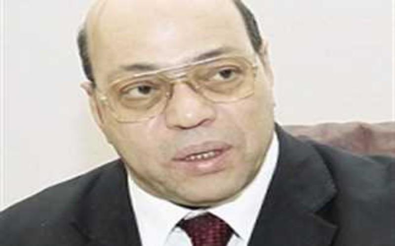 وفاة الدكتور شاكر عبد الحميد وزىر الثقافة الأسبق متآثرا بفيروس كورونا